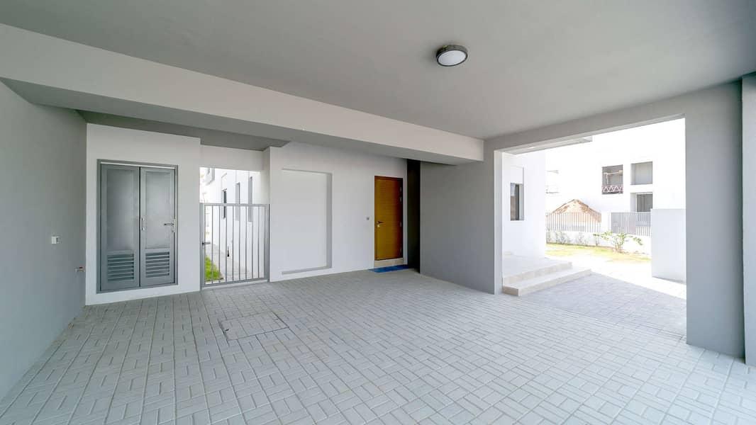 Expansive Corner Villa at Sidra 3