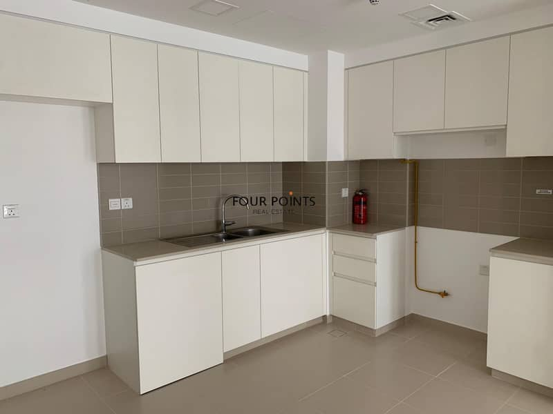 2 Brand New 2 Bedroom Apartment with Balcony
