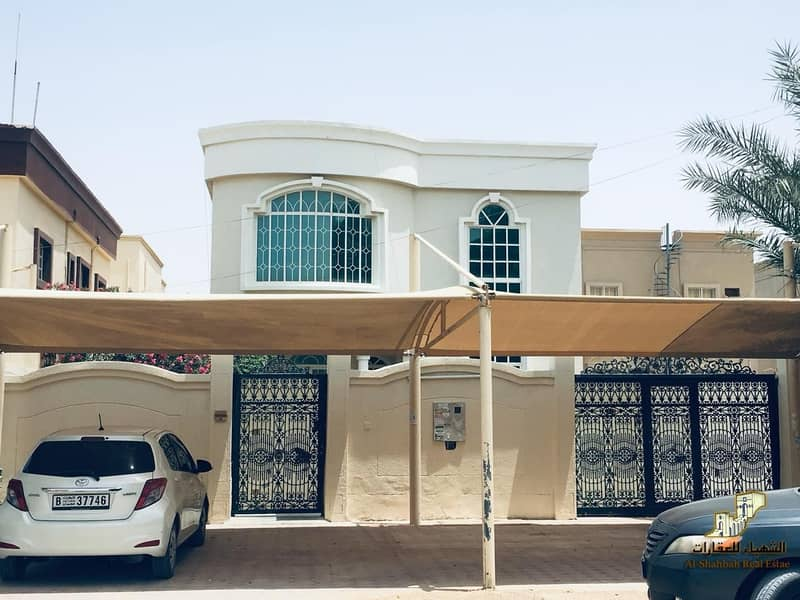 10 5 Bed Room Hall Villa with Majlis for rent