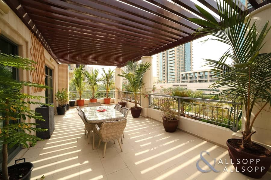 2 Fully Upgraded | 3 Bedroom | Large Terrace