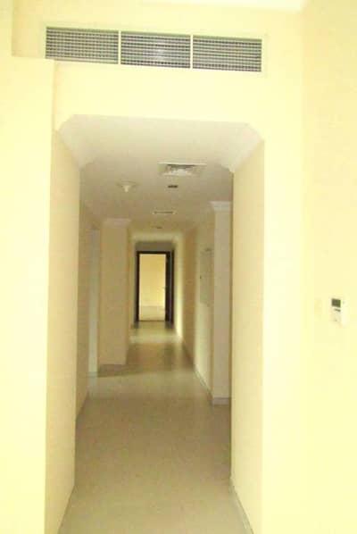 Splendid three bedroom apartment close to metro