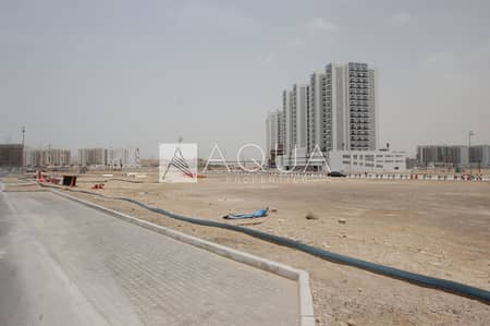 ارض سكنية  للبيع في المدينة العالمية، دبي - Large Villa Plot | Strategically Located