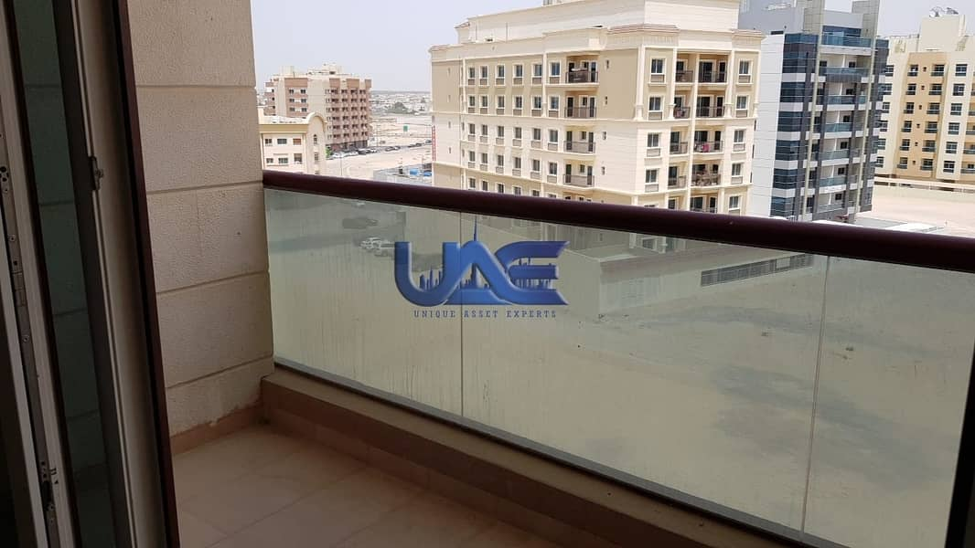 Large Layout 1 Br with Balcony-Al Warqaa