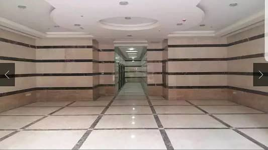 Four rooms and a hall in the city of the Emirates