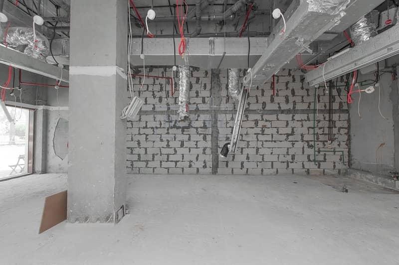 12 Spacious 913 Sq. Ft. Shop Near Jumeirah Beach Road | Umm Suqeim 2