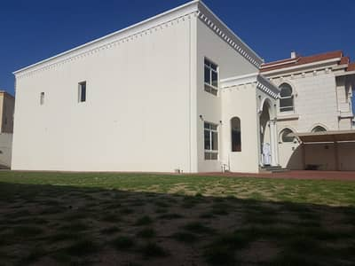 Luxury Brand New 4 BHK Independent Villa with Private Pool for Rent in Warqa - 250K