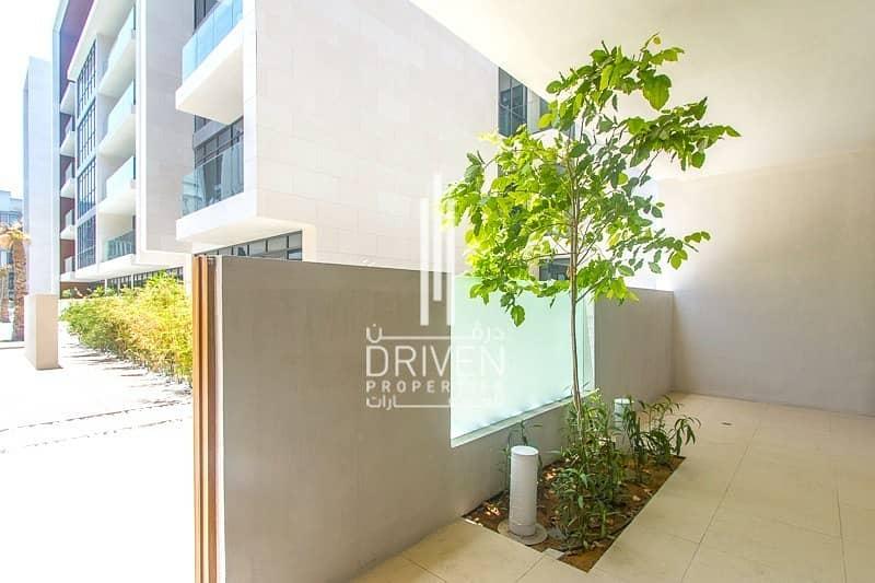 2 Beautiful and Sunny Apartment Podium Level