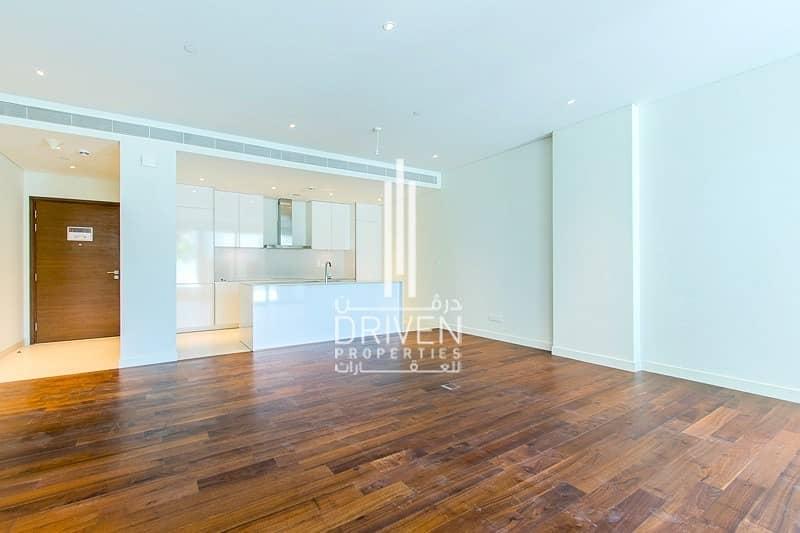 10 Beautiful and Sunny Apartment Podium Level