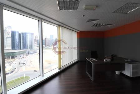 مکتب  للبيع في الخليج التجاري، دبي - Vacant Fitted Office   Burlington Tower