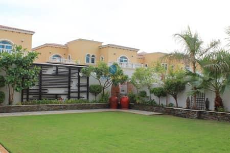 فیلا 5 غرفة نوم للايجار في جميرا بارك، دبي - Legacy 5 B/R I  Maintained & Upgraded & Garden