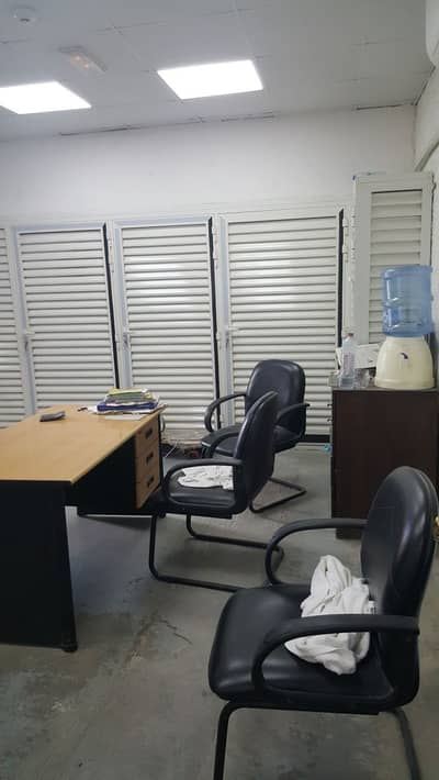 Shop for Sale in Al Quoz, Dubai - Shop available in  location of Al Quoz good for Laundry.