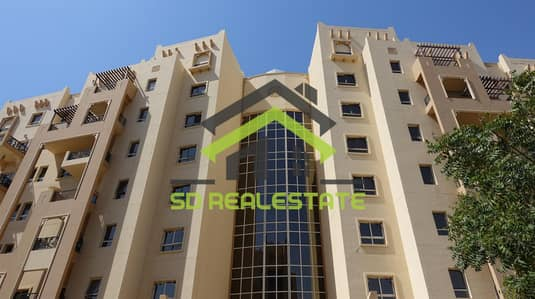 1 Bedroom Apartment for Rent in Remraam, Dubai - Spacious 1BHK | Chiller Free w/ Big Balcony | 45K