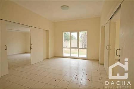 4 Bedroom Villa for Sale in The Meadows, Dubai - Biggest 4 Bed Villa / Massive plot / Opp park and pool