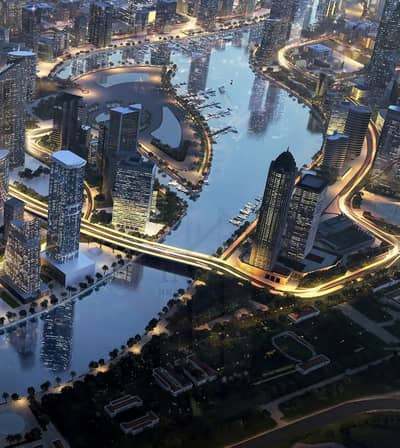 1 Bedroom Apartment for Sale in Business Bay, Dubai - Luxury Apt with Overlooking Dubai Canal!