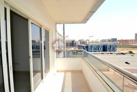 فلیٹ 1 غرفة نوم للبيع في واحة دبي للسيليكون، دبي - Sun Drenched Flat Vacant 1 BR at Convenient location.