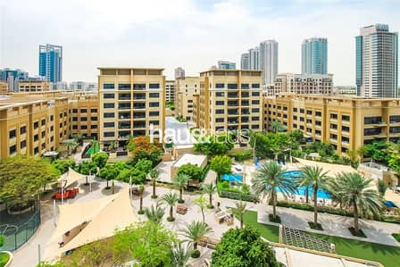 3 Bedroom Apartment for Sale in The Greens, Dubai - Top Floor | Must See | Vacant On Transfer
