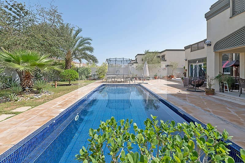 22 EXCLUSIVE | Large Plot with Private Swimming Pool
