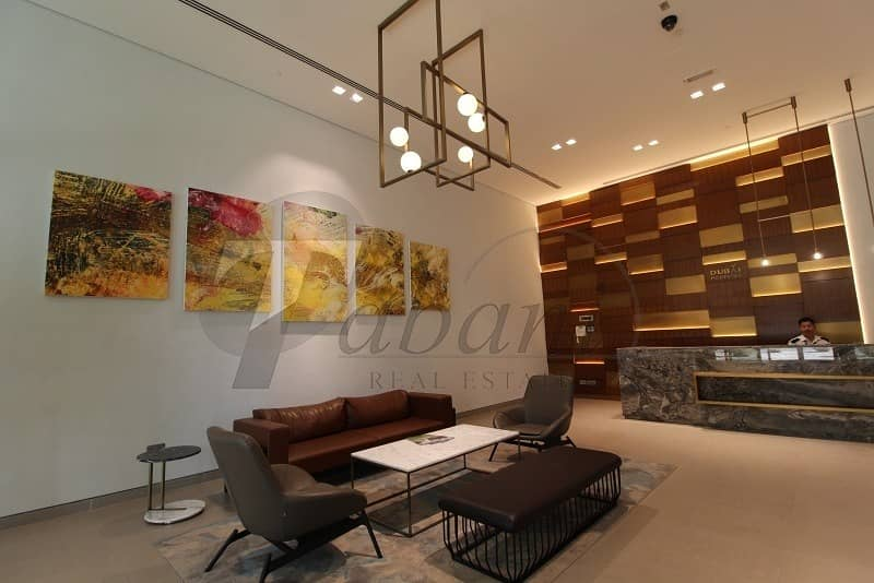 FULLY FURNISHED/SUPER INTERIOR/FULL FLOOR/BAY SQUARE