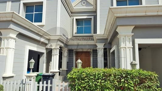 4 bedroom + Maid + Driver room for sale.