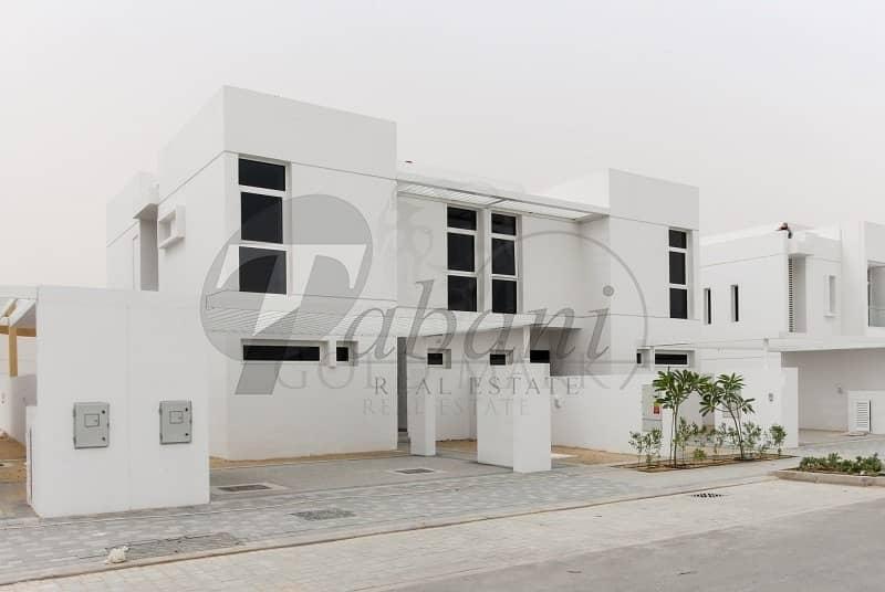 15 60k to book ur villa on post-hndvr paln