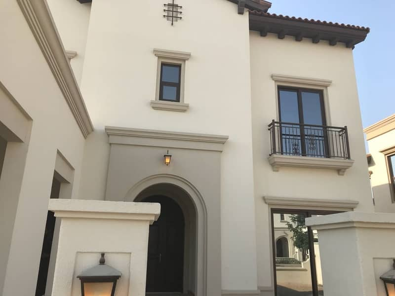 21 Spacious Four Bedroom+Maid in Arabian Ranches