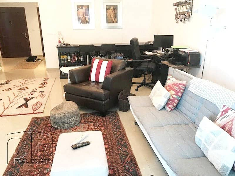 2 Large furnished 2 bed - Vacant end of June