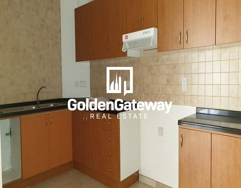 15 Massive Penthouse 3Bed+ Maids+Laundry I Golf View