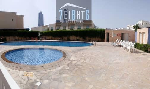 فیلا 5 غرفة نوم للايجار في البرشاء، دبي - Amazing facilities: 5 b/r villa + maids room + swimming pool + gym + childrens park + private garden for rent in Barsha