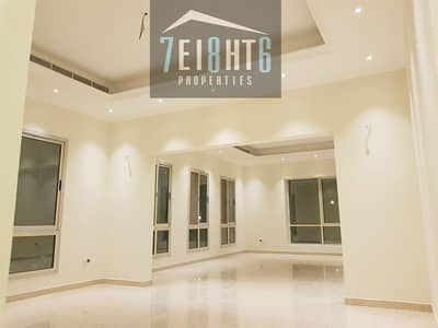 5 Bedroom Villa for Rent in Al Khawaneej, Dubai - Immaculately presented: 5 b/r INDEPENDENT beautifully presented villa + maids room + stunning large landscaped garden