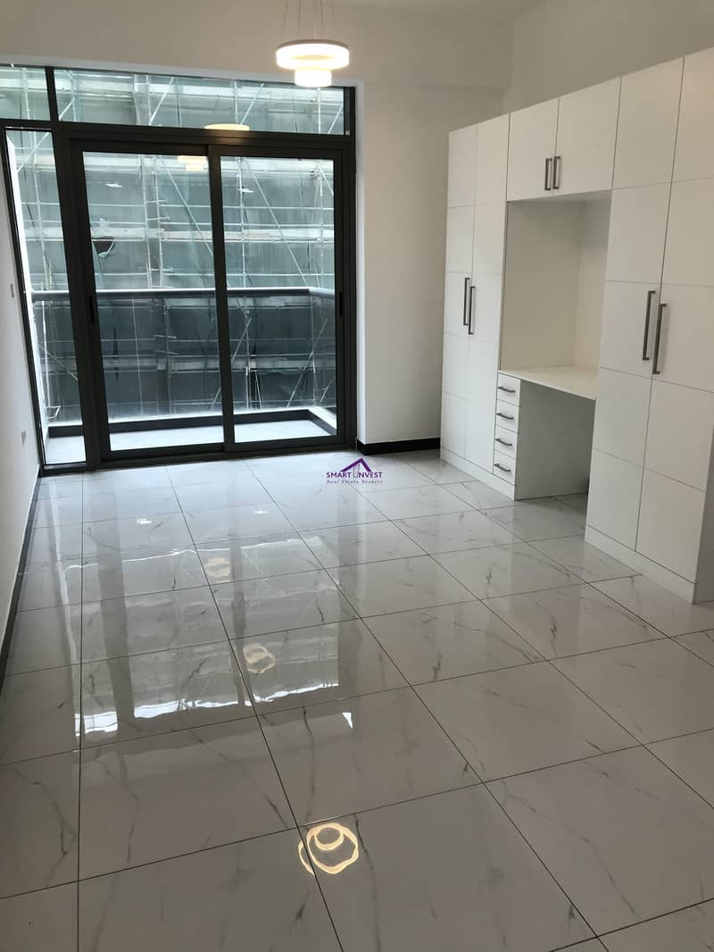 Brand new 1BR Apt for rent in Crystal Residence