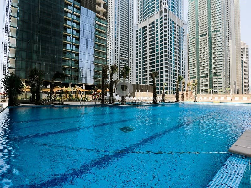 10 Modern luxury property in heart of Marina