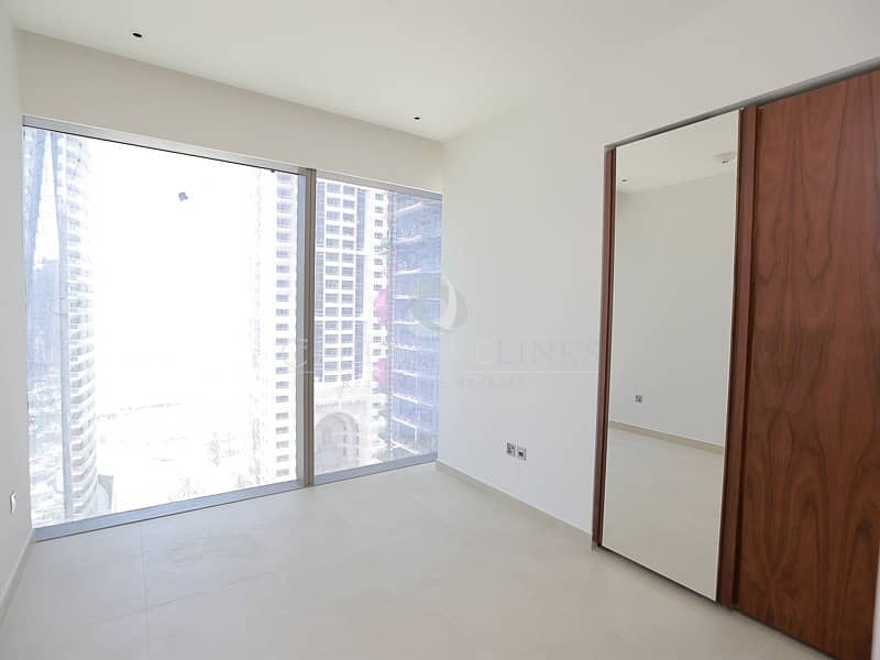 10 High quality finish 2 bedroom apartment!