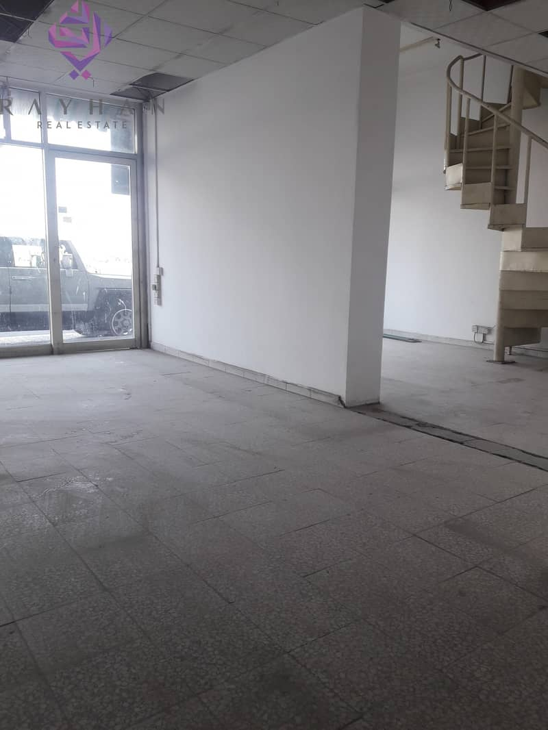9 SHOP AVAILABLE NEAR AL QASBA/ DIRECT FROM OWNER/NO COMMISSION/NEGOTIABLE PRICE