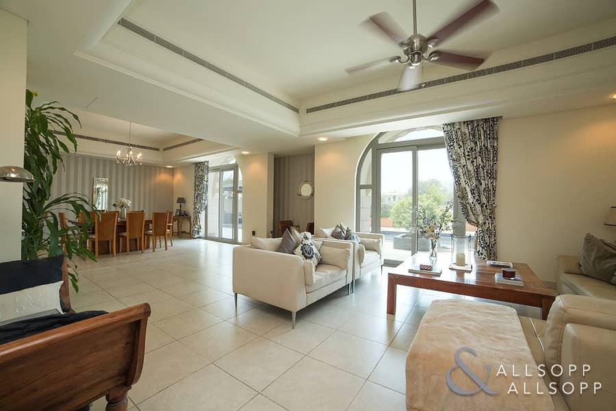 2 Immaculate Condition | Golf Course View | Pool