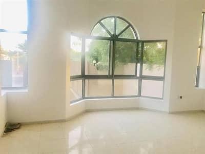 فیلا 5 غرفة نوم للايجار في الصفا، دبي - فیلا في الصفا 1 الصفا 5 غرف 150000 درهم - 4109695