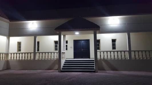 8 Bedroom Villa for Sale in Al Salamah, Umm Al Quwain - For sale Villa in Umm Al Quwain in Salama area