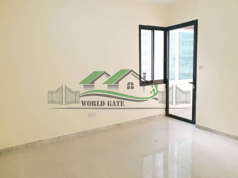 2BHK W/ BALCONY ON A VERY LOW PRICE!