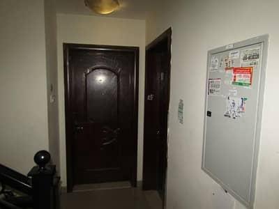 فیلا في هور العنز ديرة 5 غرف 4800000 درهم - 4111336