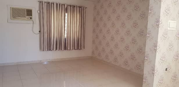 ***** Super Huge 6bhk (All Master) Single Storey Villa Available In Ramaqia Area *****
