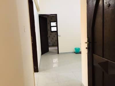 شقة 4 غرفة نوم للايجار في المناصير، أبوظبي - شقة في المناصير 4 غرف 75000 درهم - 3863644