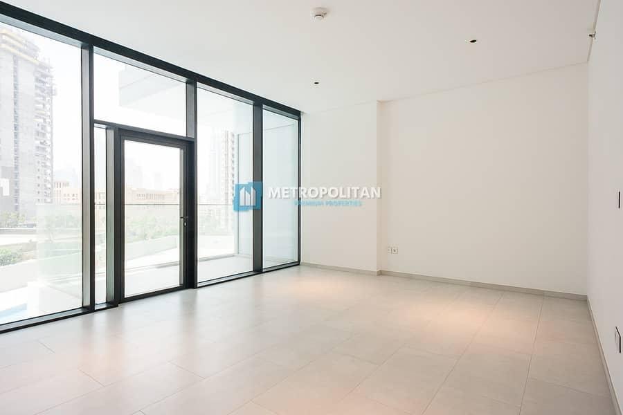 Bright Studio | Fully Fitted Kitchen | Burj Khalifa View