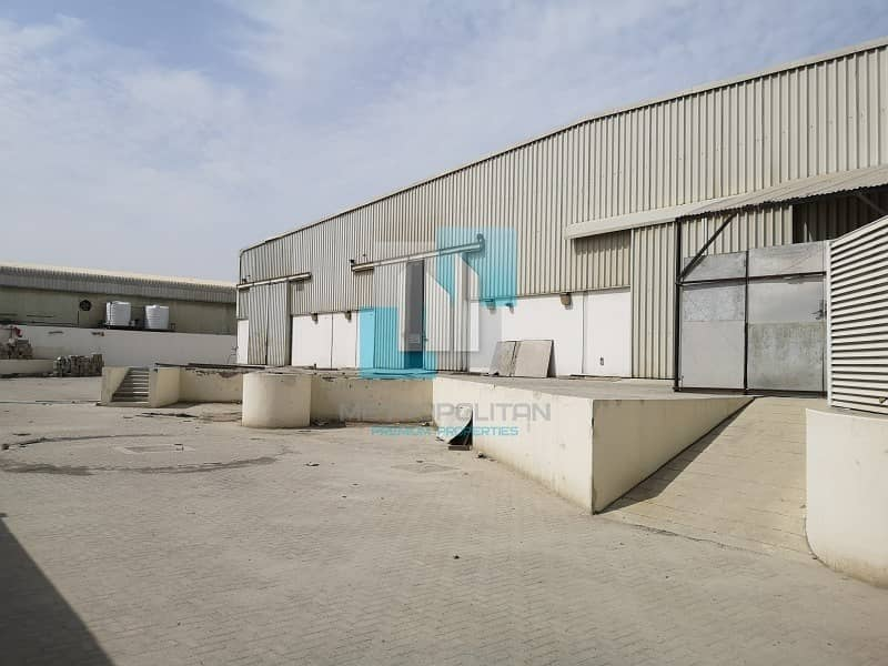 Large Warehouse available now - Al Quoz4 for sale