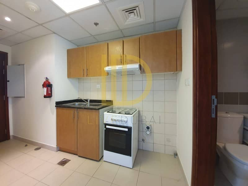 2  Studio for sale in cricket tower