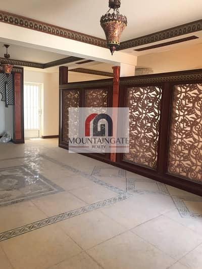 3 Bedroom Villa for Sale in Al Qadisiya, Sharjah - Spacious Villa/ 3 BHK+ maid + big Mulhak
