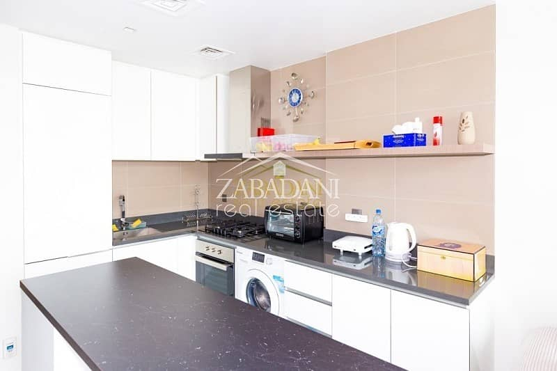 2 2 Bed Furnished Corner Unit With Full Marina View