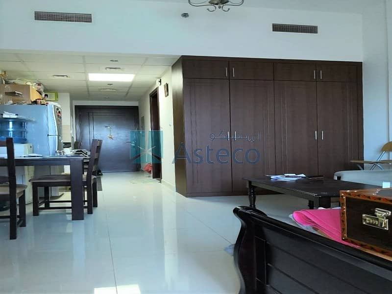 2 Fully Furnished Studio  Balcony  Canal View
