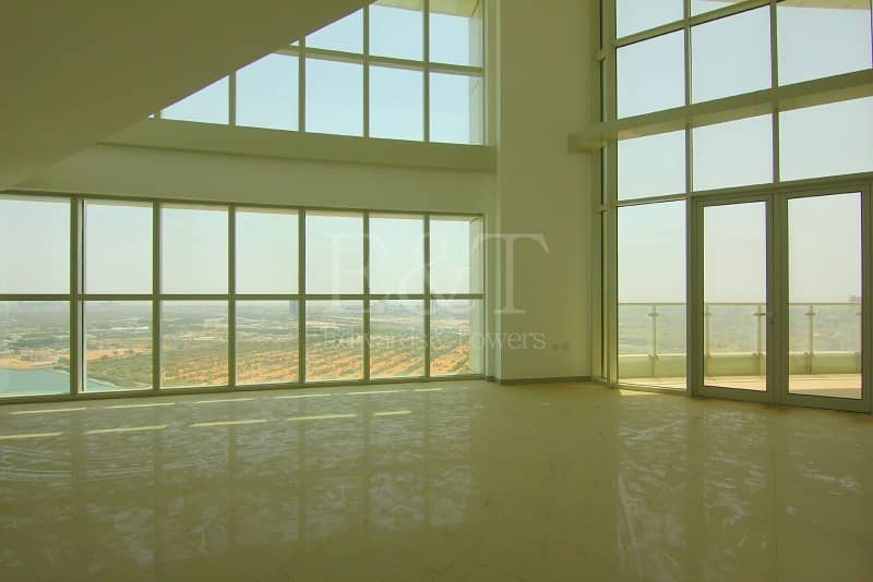 One of a Kind SeaView Duple Penthouse