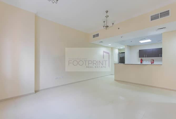2 PAYMENTS 1BHK NEAR GROCERY/EXIT/PARK