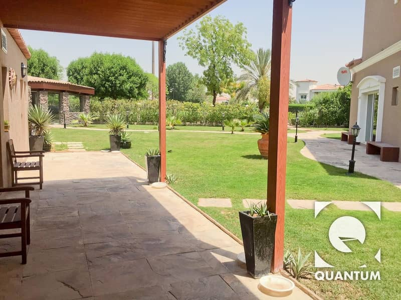 10 Luxury Villa next to Park | EXCLUSIVE - VOT