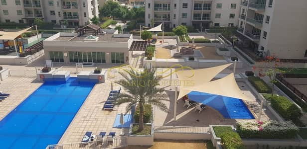 2 Bedroom Flat for Rent in The Greens, Dubai - Pool View 2 bedroom Apartment for Rent-The Greens